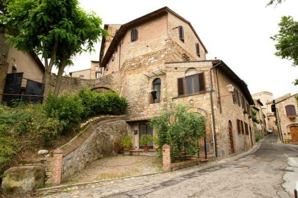 Rustic 2 Bedroom Apartment at Macie in San Gimignano - Image 1 - San Gimignano - rentals
