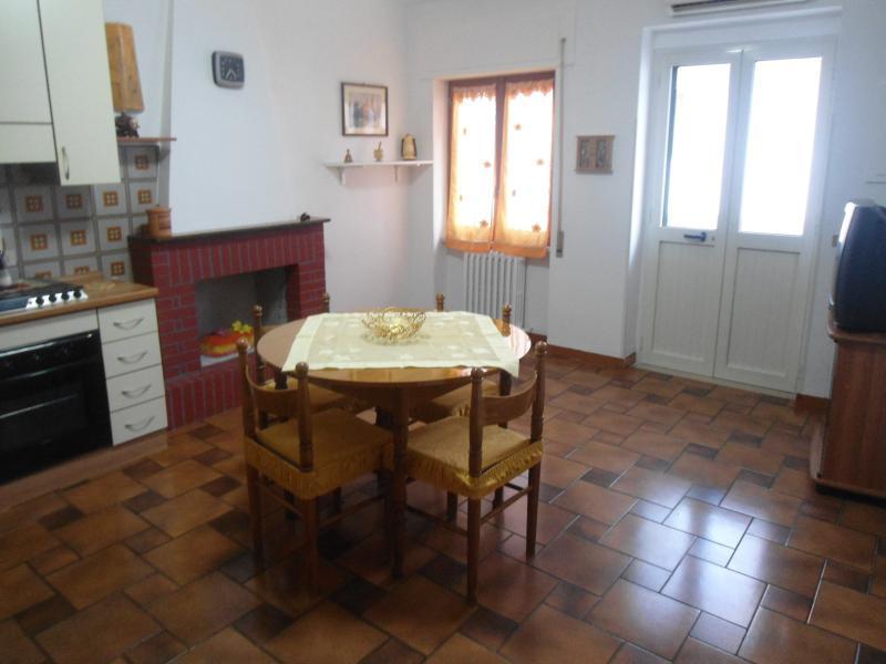 appartamento al centro di Peschici offerte - Image 1 - Peschici - rentals