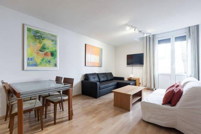 Old town 1 apartment, 6 minutes from Ramblas - Image 1 - Barcelona - rentals