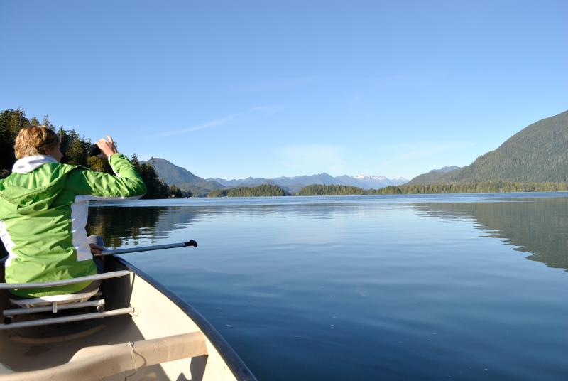 Complimentary canoes - RED CROW GARDEN COTTAGE - Tofino - rentals