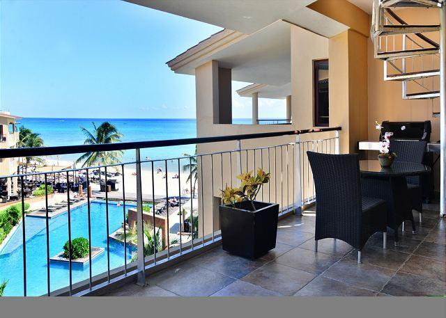 Dine al fresco on your private balcony - El Faro Reef 403 - Playa del Carmen - rentals
