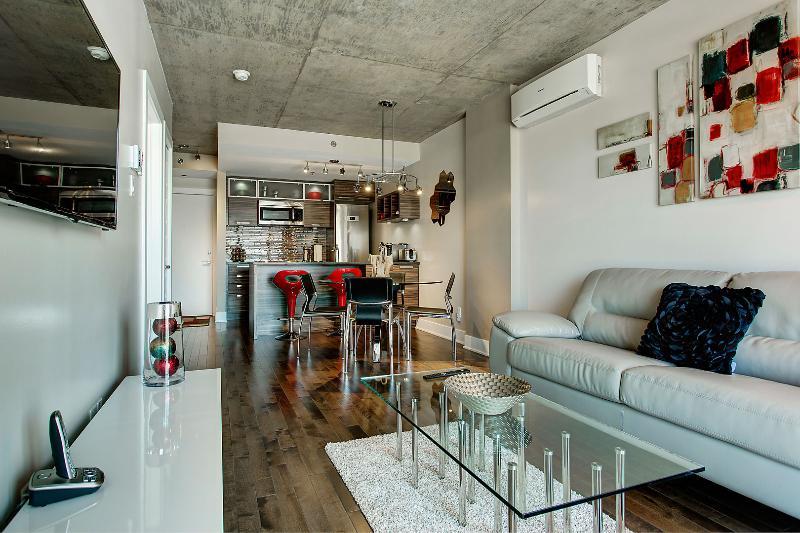 Crystal Condo Montreal - Image 1 - Montreal - rentals