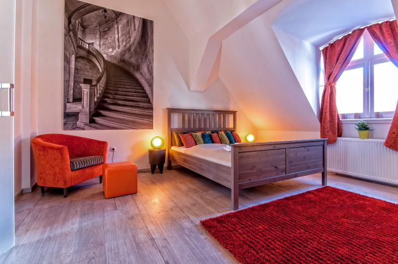 Opera luxury 125 sqm 3 br A/C wifi apartment - Image 1 - Budapest - rentals