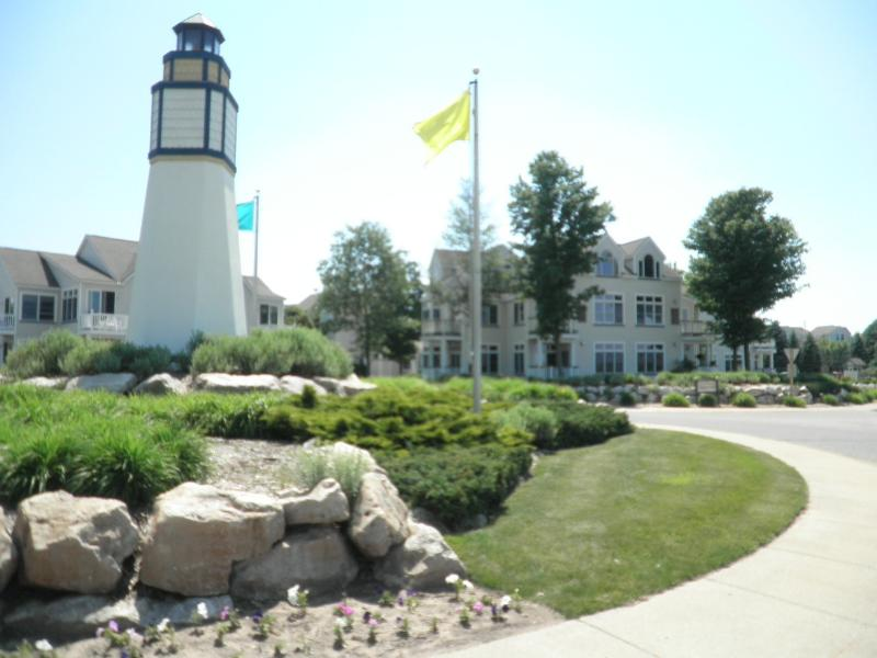 Harbor Village Entrance - Lake Michigan at Manistee Beach, Beautiful Condo - Manistee - rentals