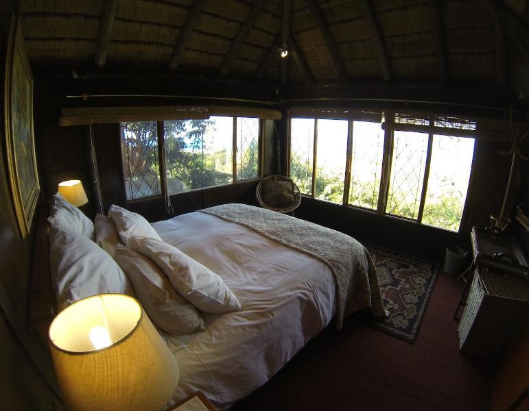 Romantic Honeymoon Rustic Log Cabin (Budget!) - Image 1 - Ballito - rentals