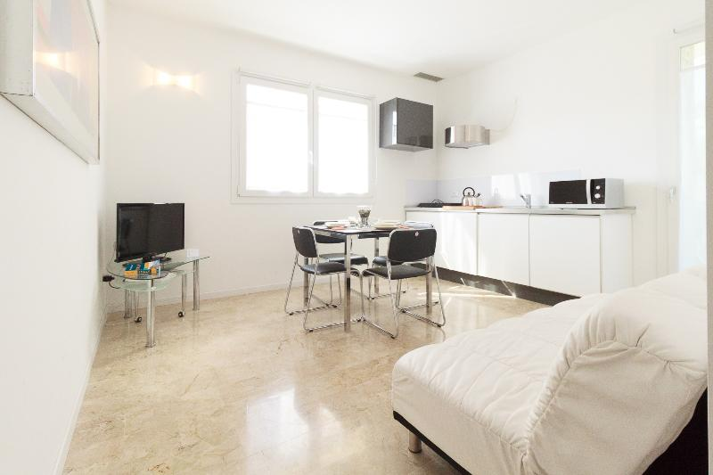 New elegant flat with big furnished terrace & park - Image 1 - Venice - rentals