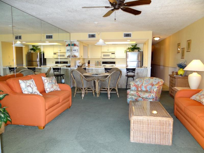 FREE Beach Service!! 1st Fl. with Gulf View!! - Image 1 - Destin - rentals