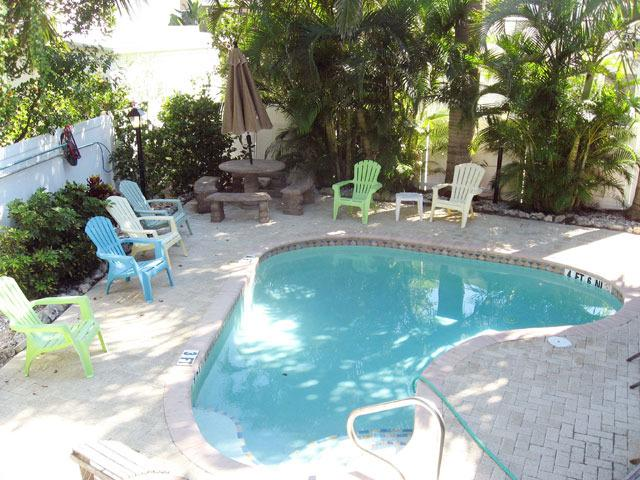Villas by the Sea #5 - Image 1 - Bradenton Beach - rentals