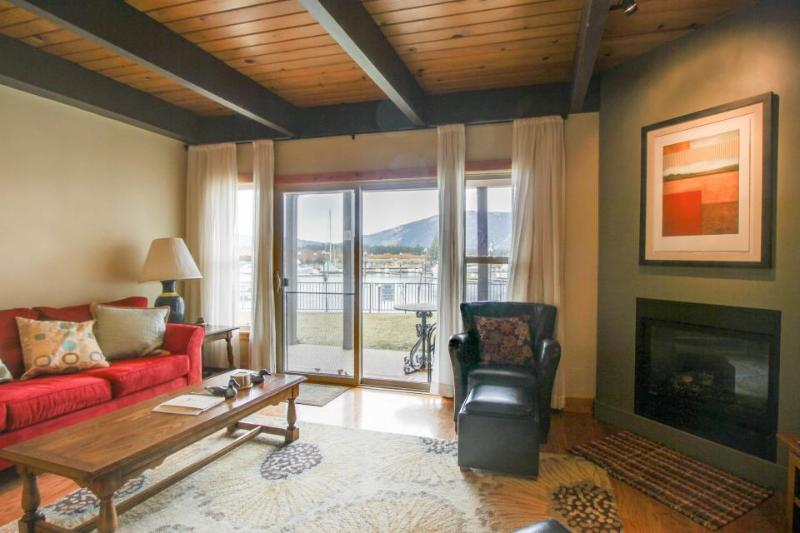 Two-story lakefront condo with shared hot tub, pool, and tennis - Image 1 - South Lake Tahoe - rentals