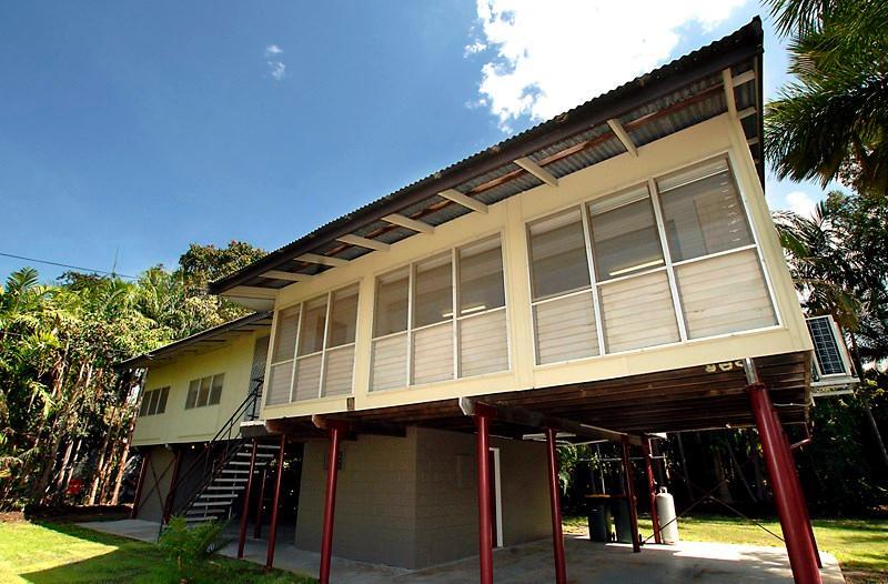 04 - Coast Holiday House - Darwin - rentals