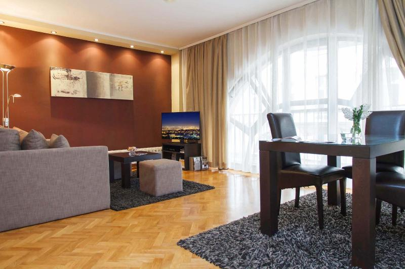Amazing One Bedroom DOWNTOWN Apartment LITTLE BAY - Image 1 - Belgrade - rentals
