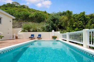 Lovely 5 Bedroom Villa overlooking Oyster Pond & Dawn Beach - Image 1 - Dawn Beach - rentals