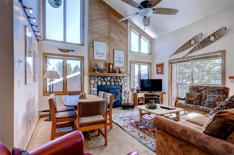Appealing Breckenridge 2 Bedroom Ski-in - TD5 - Image 1 - Breckenridge - rentals