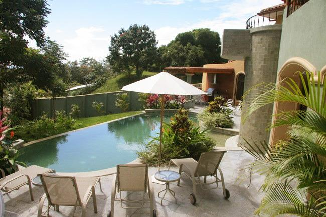 2 Beautiful Villa, 2 large Pools, Jacuzzi, Sleep28 - Image 1 - Manuel Antonio National Park - rentals