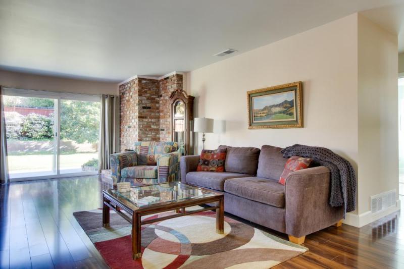 Private home in Santa Barbara w/ two dining areas & gas grill in large backyard! - Image 1 - Santa Barbara - rentals