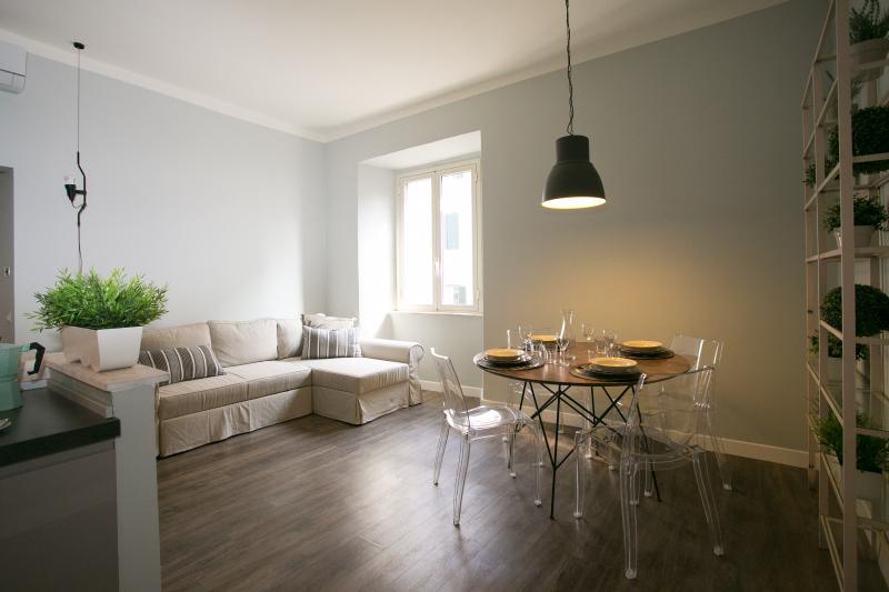 living room - In the heart of downtown Rome, Dedalo apartment - Rome - rentals