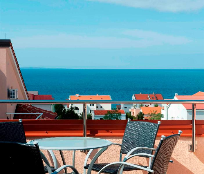 Amazing apartment Bety 9 for 5 pax next to the beach in Novalja - Image 1 - Novalja - rentals