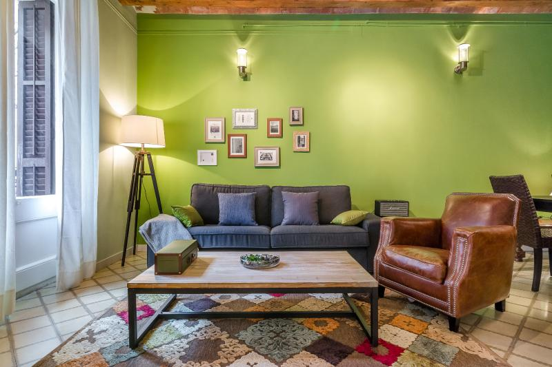 Living Area - Homearound Green Market Apartment (3 BR) - Barcelona - rentals