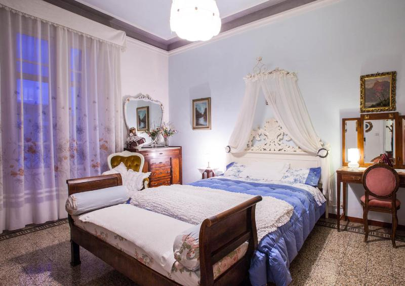 Beautiful Apartment in Florence & WIFI - Image 1 - Florence - rentals