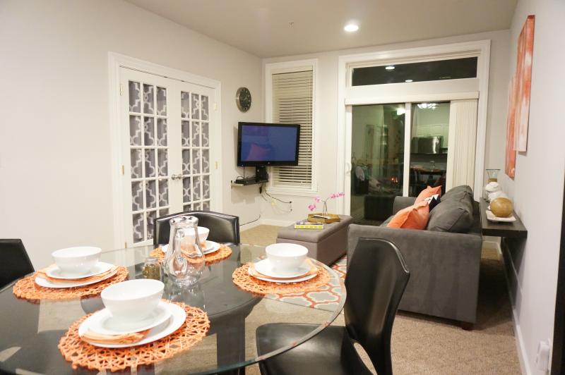 Heart of Belltown - Modern Elegence - Image 1 - Seattle - rentals