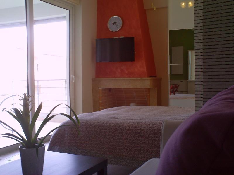 fire place with smart TV - Rafina luxury studio near the sea - Rafina - rentals