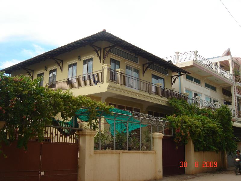 The second floor unit - 2 furnished bedrooms on Second floor for rent - Phnom Penh - rentals