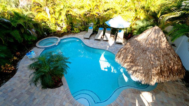 Pool 1 - FAIRWINDS - Holmes Beach - rentals