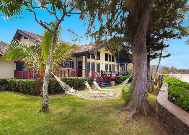You won't believe the incredible location of this beachhouse... - Image 1 - Haleiwa - rentals