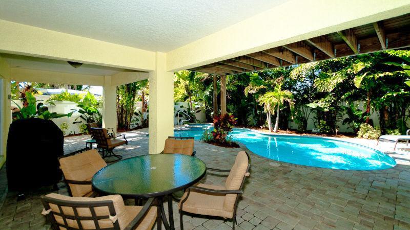 Pool 3 - SAND CASTLE - Holmes Beach - rentals