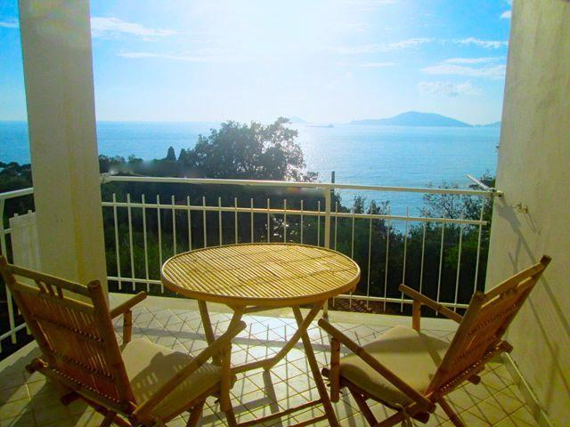 The entrancing sea view from Tramonto's sunny balcony. - Tramonto - Tellaro - rentals