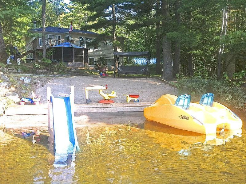 GO HOME LAKE COTTAGE - Image 1 - Muskoka Lakes - rentals