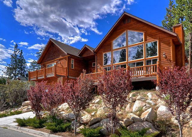 Gold Rush Resort! Spa, pool table, great location! - Image 1 - Big Bear Lake - rentals