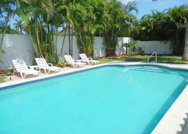 Picture Name - Private Beach 1 Min walk 5/5 for 16 Heated Pool & Pool Table Aventura 5 Min - World - rentals