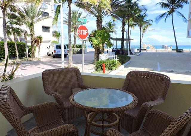 Seabreeze #1 Ocean View for 4 1/1 Hollywood Beach & Broadwalk WIFI - Image 1 - Hollywood - rentals