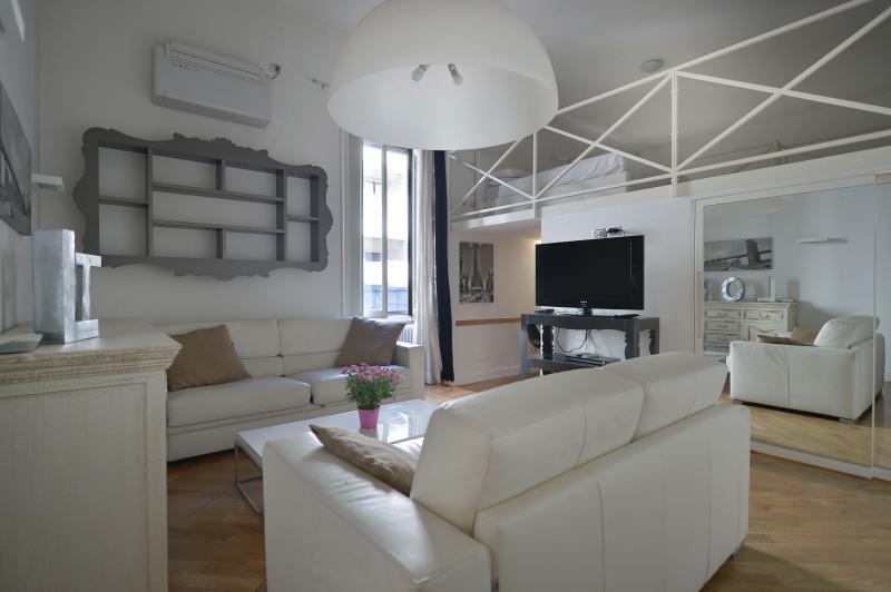 Gorgeous loft in Corso Sempione - Image 1 - Milan - rentals