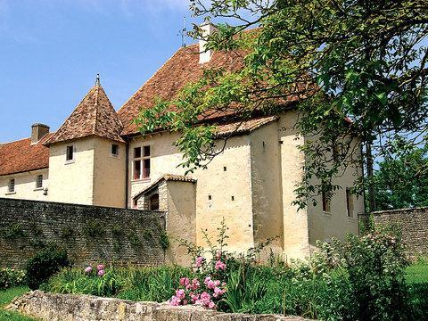 La Dame Blanche priorite reservations ~ RA25244 - Image 1 - Mansle - rentals