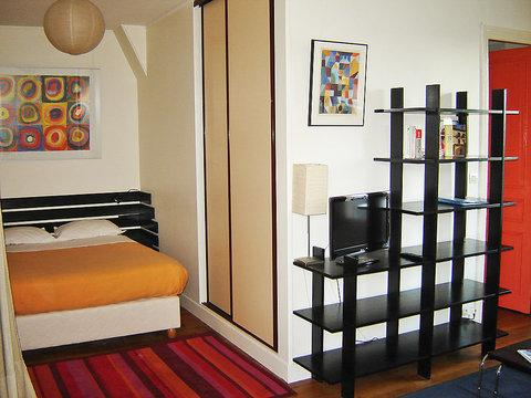 24 avenue Secrétan ~ RA24577 - Image 1 - 19th Arrondissement Buttes-Chaumont - rentals