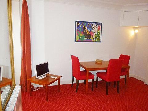11 rue Arc Triomphe ~ RA24563 - Image 1 - Levallois-Perret - rentals