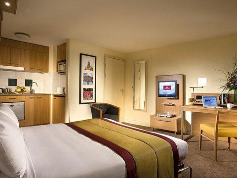Barbican ~ RA29676 - Image 1 - Islington - rentals