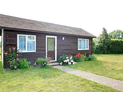 Anise Lodge ~ RA29929 - Image 1 - Staplehurst - rentals