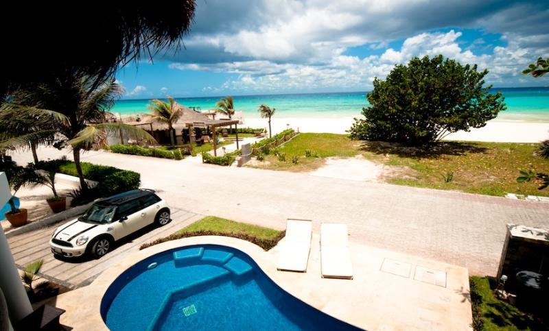 Villa Turquesa - Sleek Beach Villa within walking distance to town! - Image 1 - Playa del Carmen - rentals