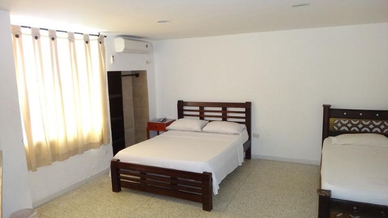 Rodadero Studio Apartment 0019 - Image 1 - Santa Marta - rentals