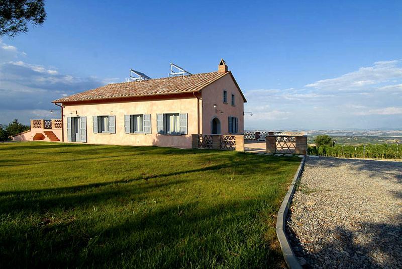 Pet Friendly Vacation Rental at Villa La Pietra - Image 1 - Sant'Albino - rentals