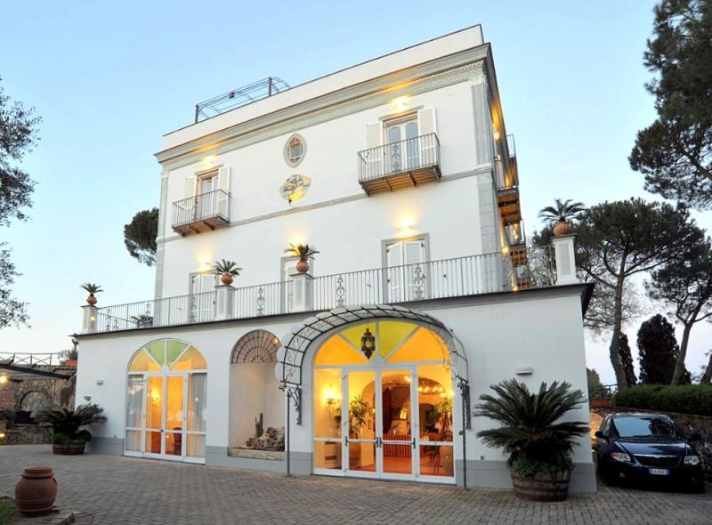 Villa Olimpia - Image 1 - Metrano - rentals
