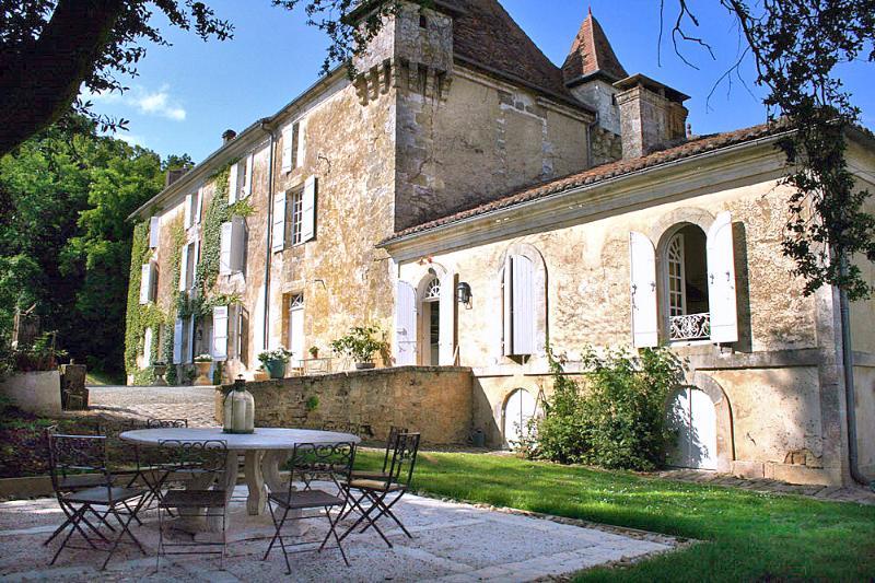 Chateau De La Guerinche - Image 1 - Nantheuil - rentals
