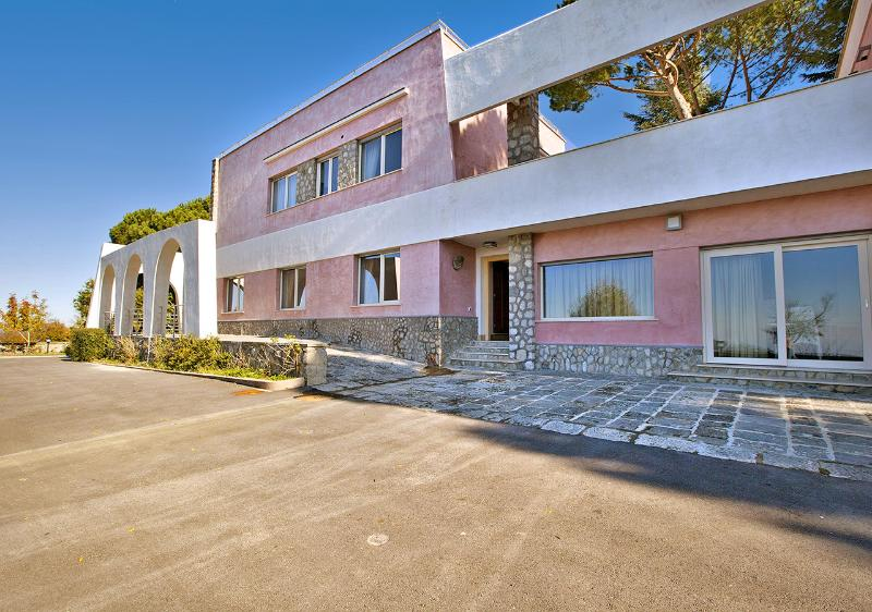 Villa Mistico - Image 1 - Sant'Agata sui Due Golfi - rentals