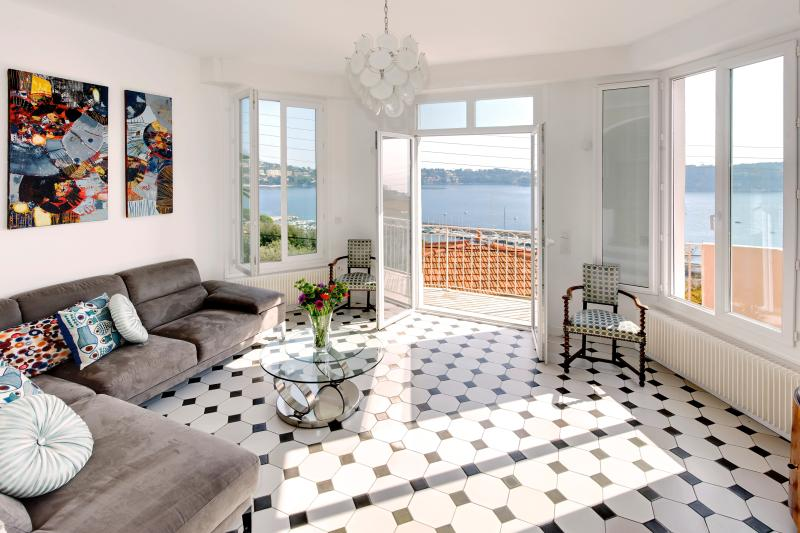 Gorgeous living room with wonderful views of the bay. - Gorgeous French Riviera Villa Rental with Sweeping Sea View - Beaulieu - rentals