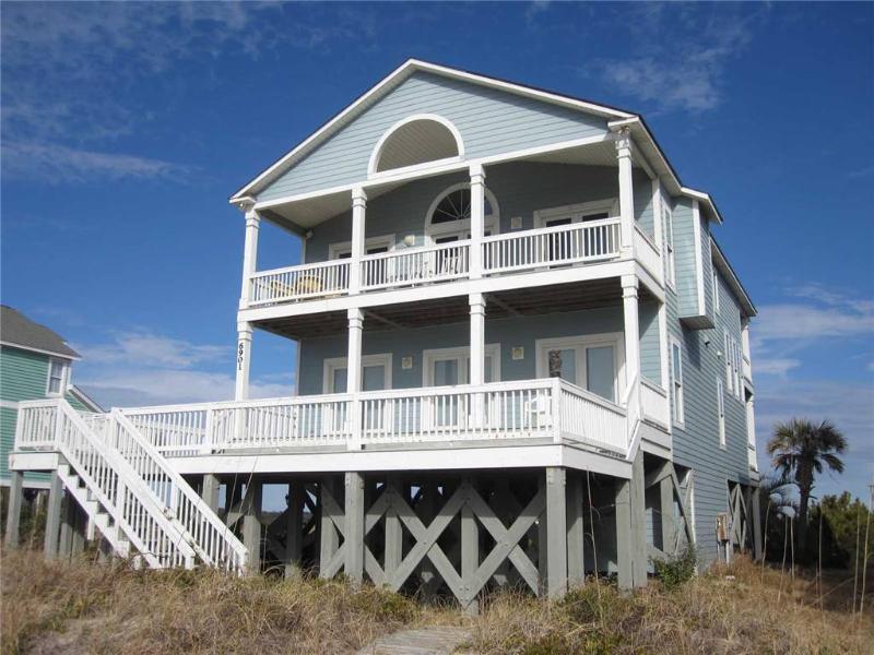 It's A Breeze 6901 Kings Lynn Drive - Image 1 - Oak Island - rentals