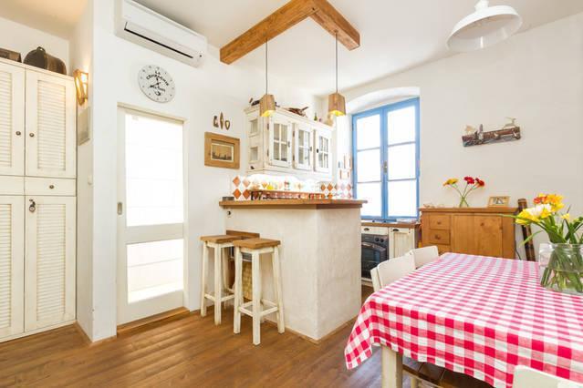 "Cozy BED & BREAKFAST apartment ""BUŽA"" in old tow - Image 1 - Split - rentals"