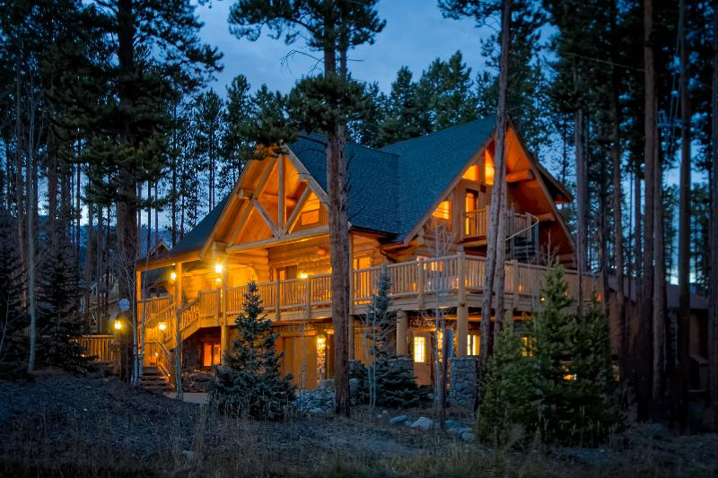 Walk to Slopes! Luxury Home, Close to Main St. - Image 1 - Breckenridge - rentals